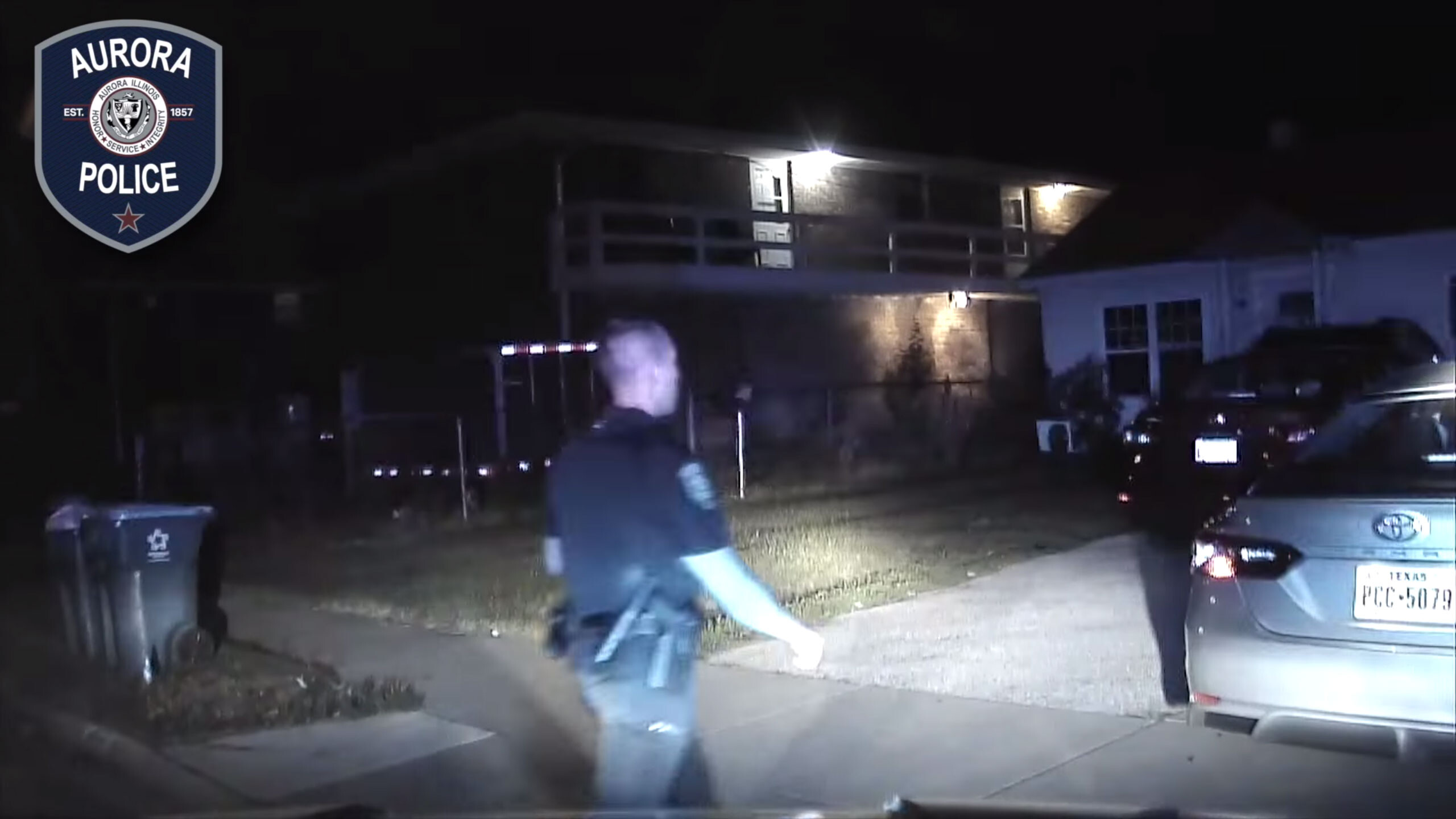 3 indicted for attempted murder and assault of an Illinois police officer during traffic stop
