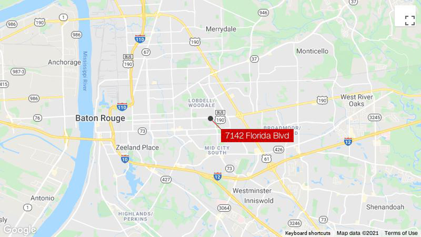 Baton Rouge police search for suspects in a shooting that left two people dead and four injured