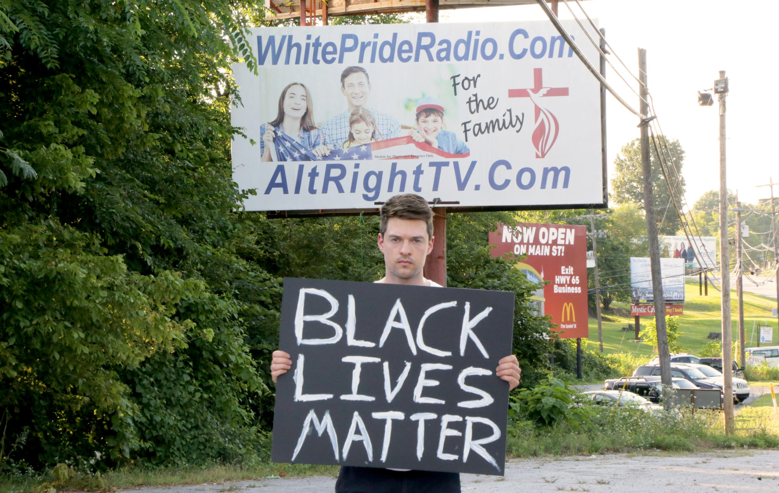 A White filmmaker held up a Black Lives Matter sign in Harrison, Arkansas, and here's what happened