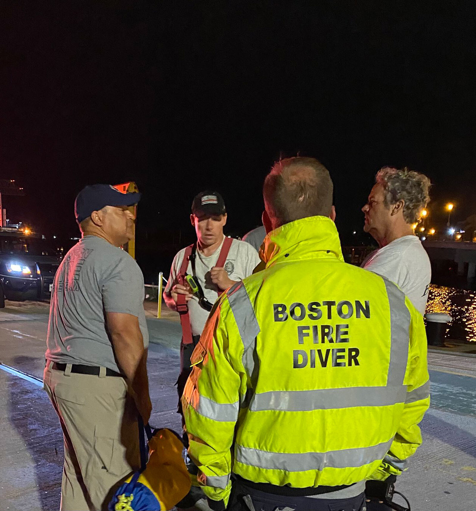 1 person dead, 7 rescued after boat accident in Boston Harbor