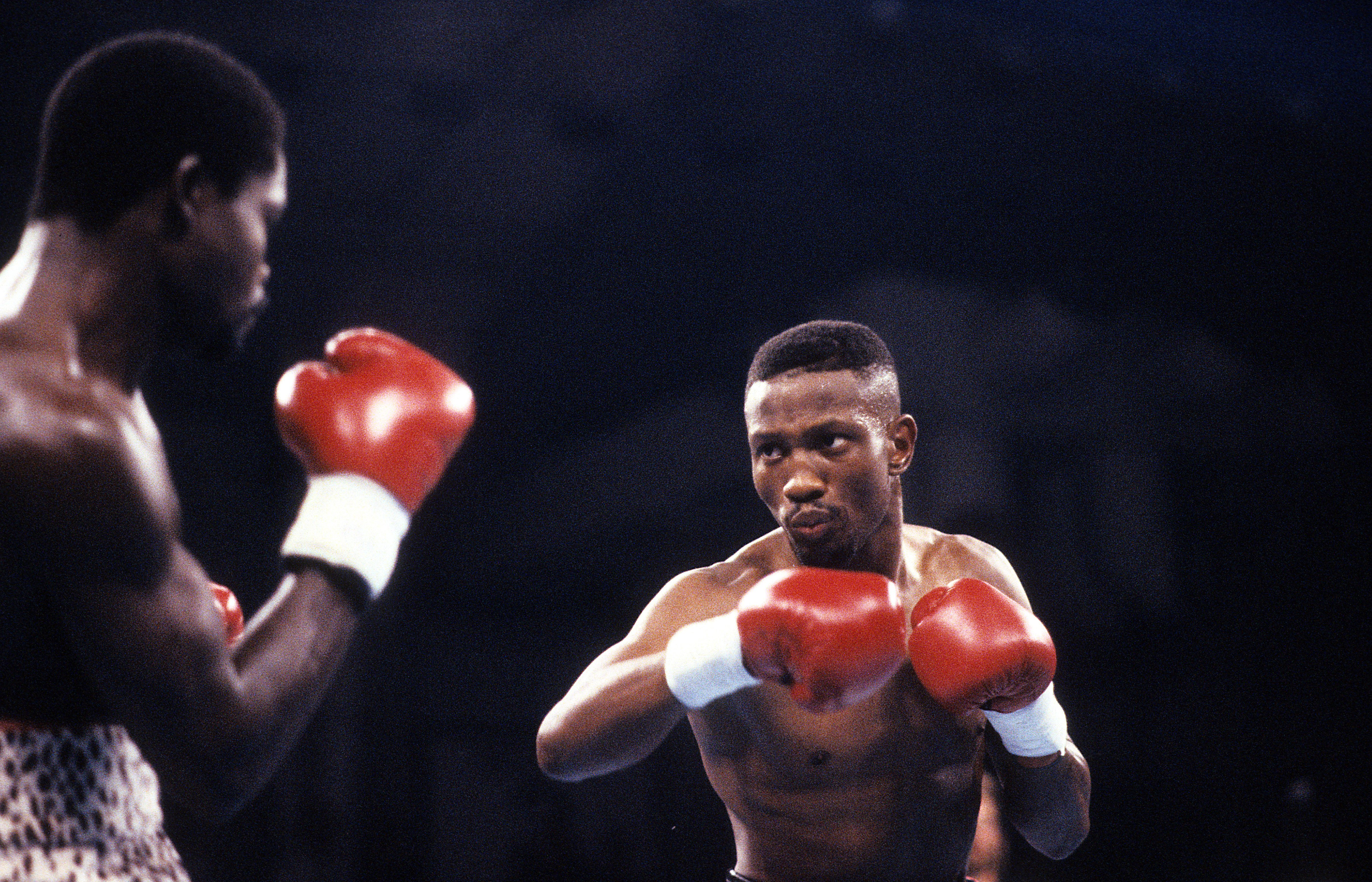 Pernell 'Sweet Pea' Whitaker, legendary boxer, dies after he's hit by a vehicle