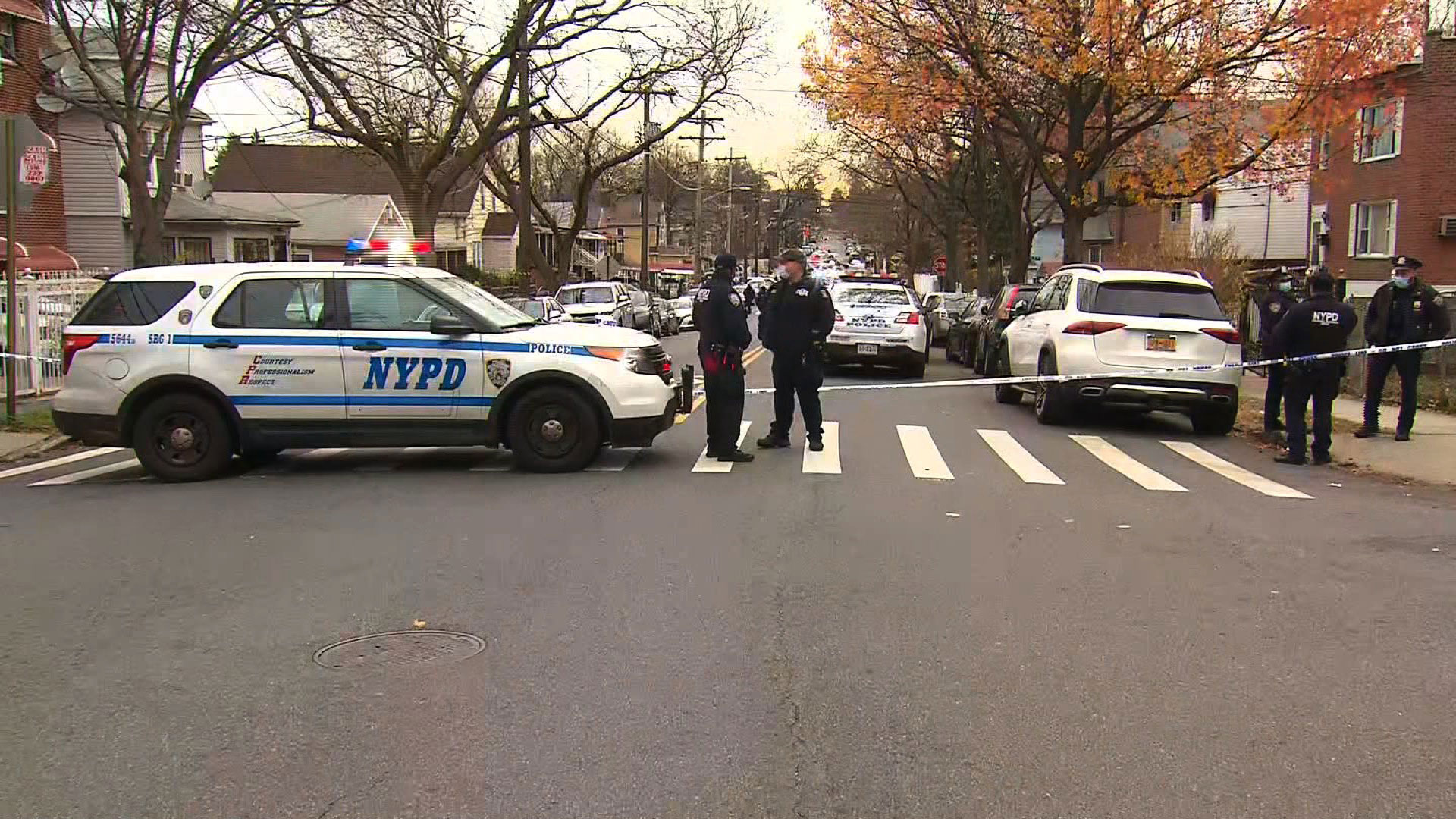 Suspect in state trooper's shooting is killed and two US marshals are wounded in Bronx shootout