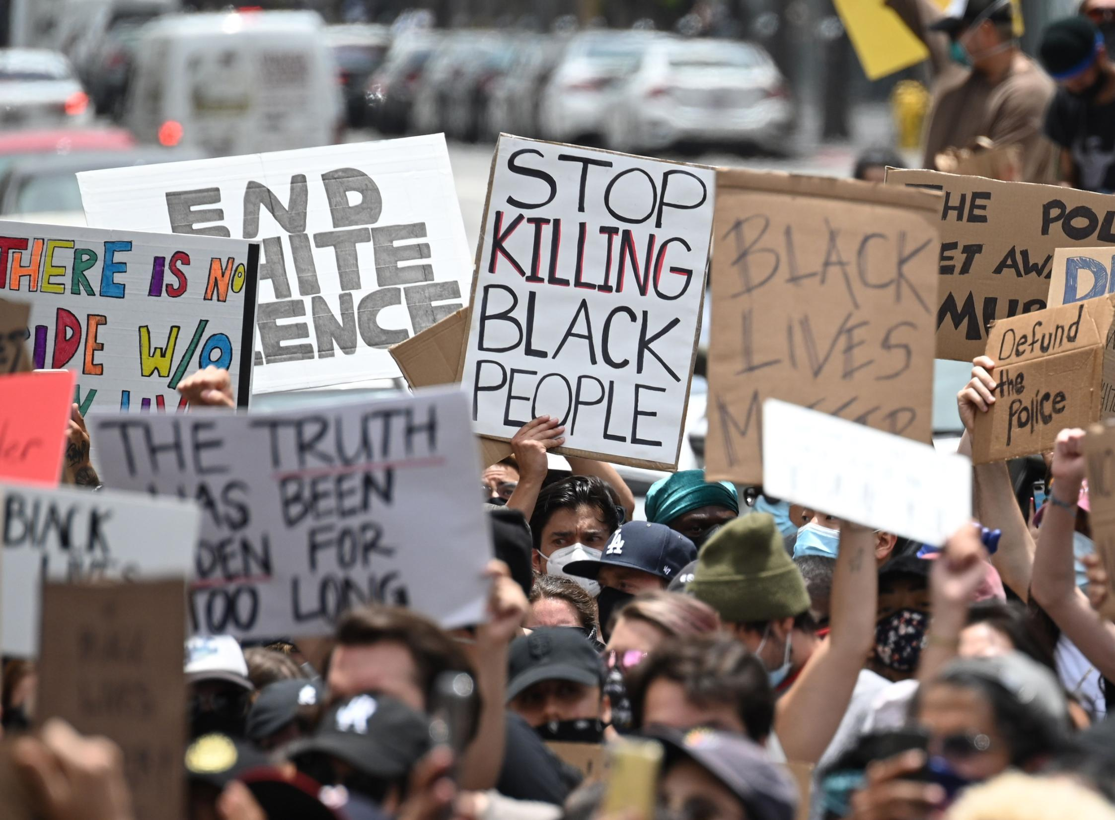 Here's why experts and lawmakers say you can't compare Black Lives Matter protesters to the US Capitol mob