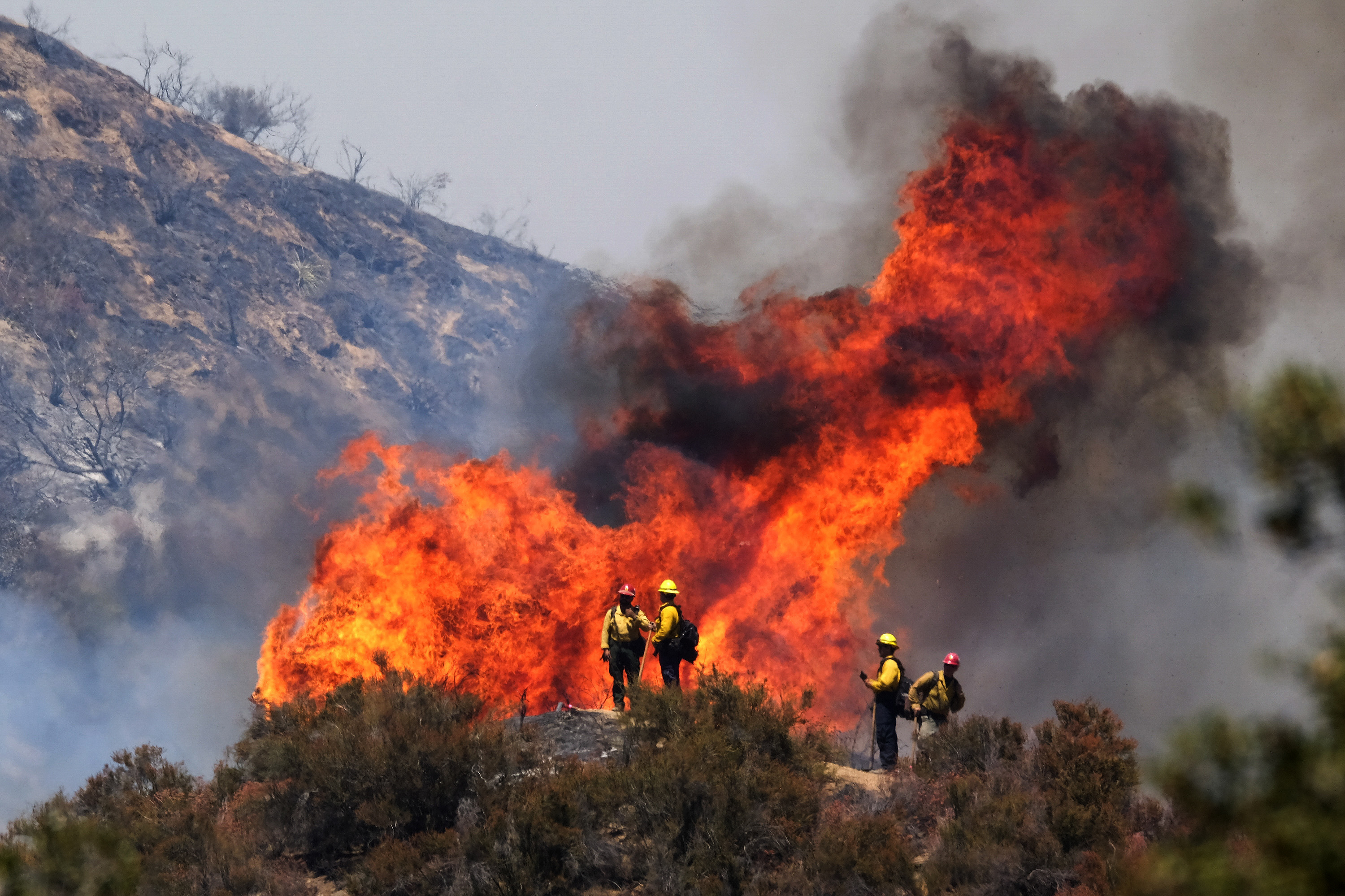 California's Apple Fire has grown to more than 20,000 acres and is 5% contained