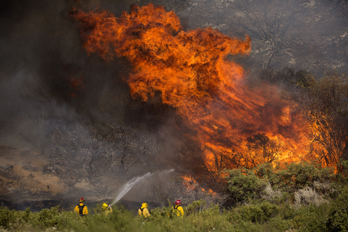 Image for California's Apple Fire has grown to more than 20,000 acres and is 5% contained