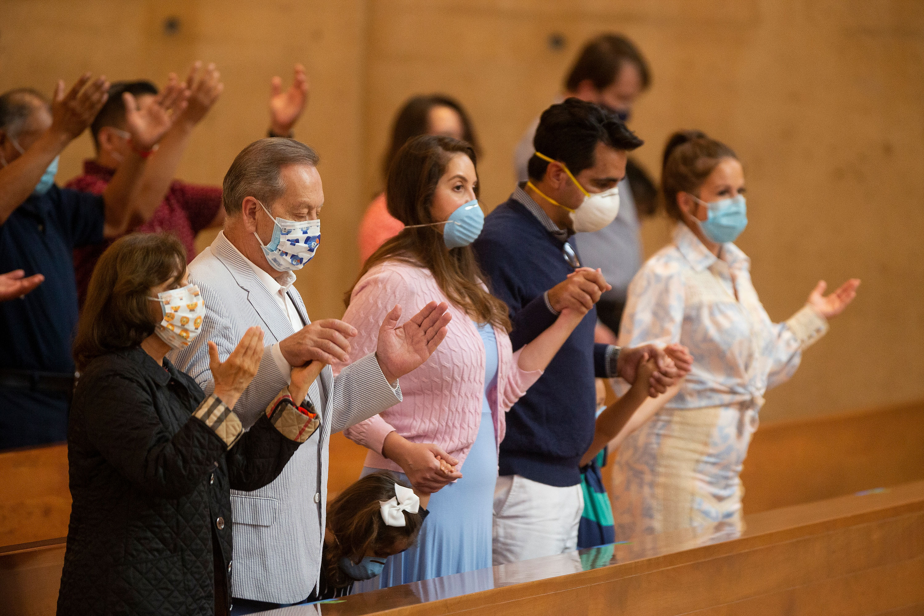 With a worsening pandemic, California bans singing in places of worship