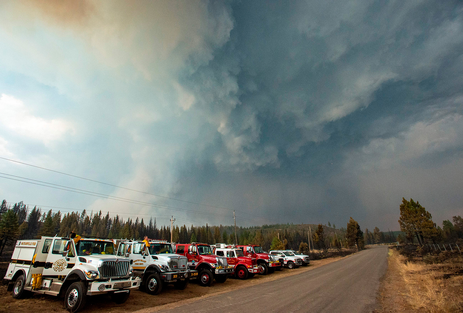 California firefighters brace for raging flames and a burgeoning pandemic