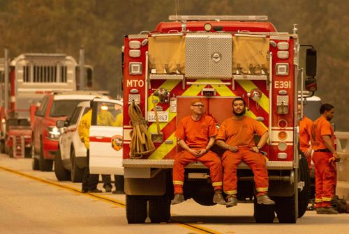 Image for Inmates who battle wildfires in California to get better chance at post-prison firefighter jobs