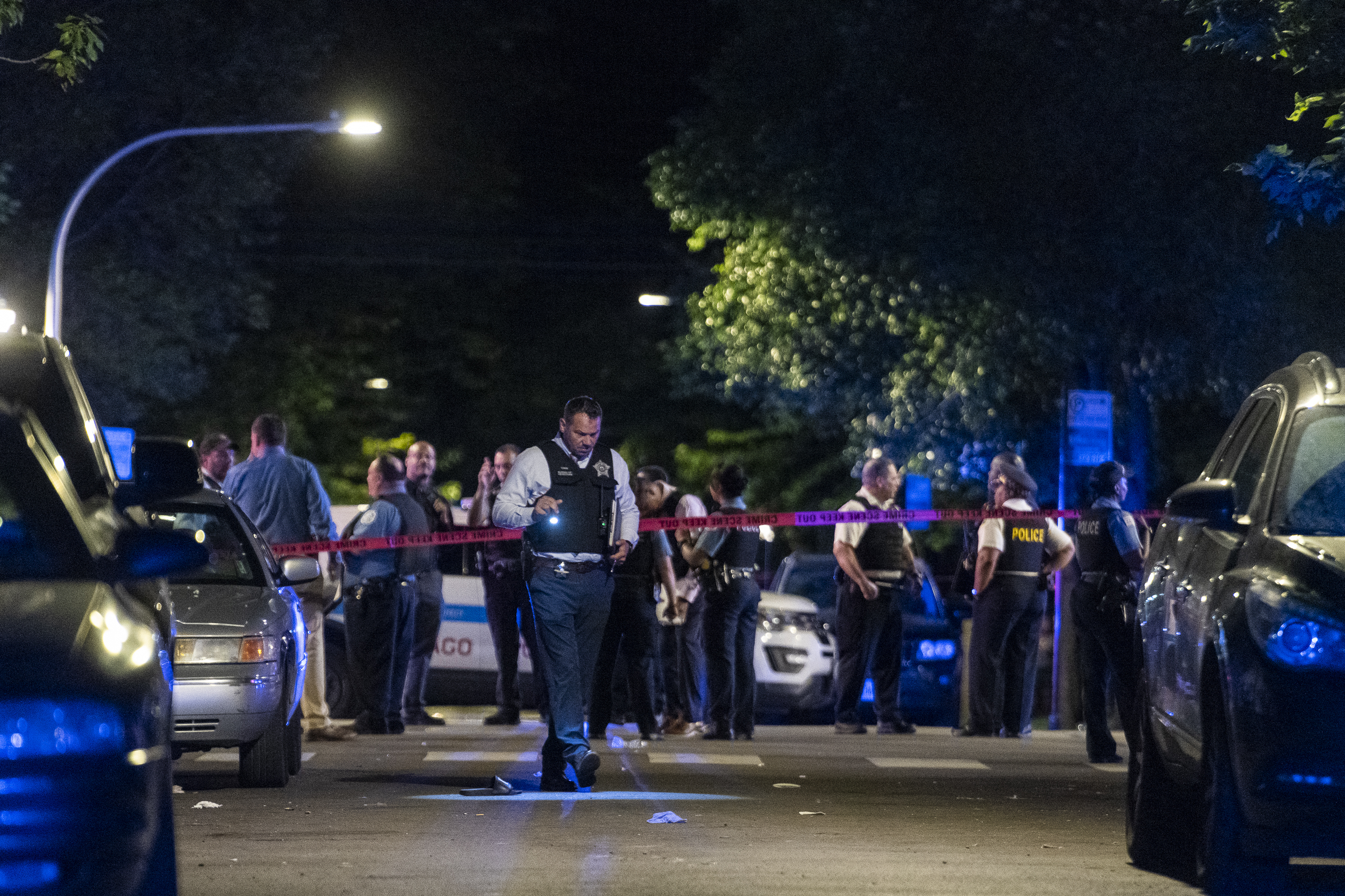 Chicago shootings leave 2 dead, at least 15 injured