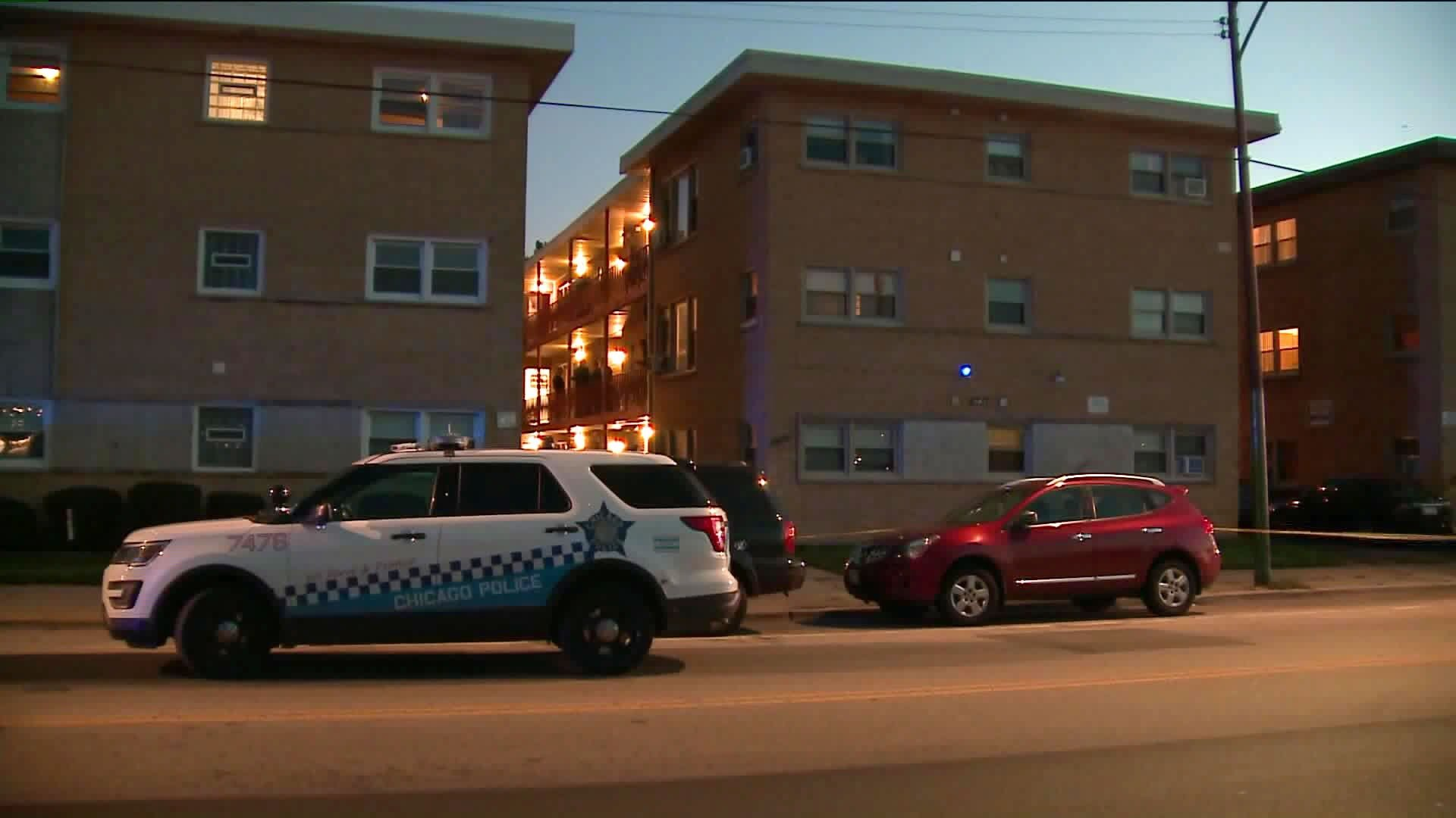 A neighbor kills 4 people eating dinner in a Chicago apartment, police say