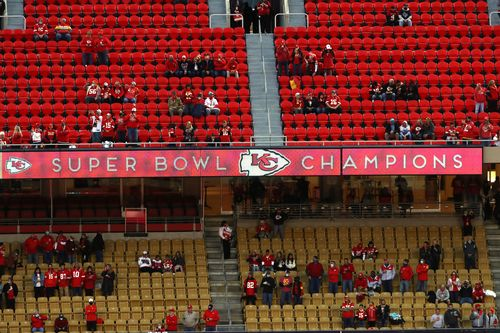Image for Chiefs fan who attended game tests positive for Covid-19 and now everyone who sat near them is in quarantine