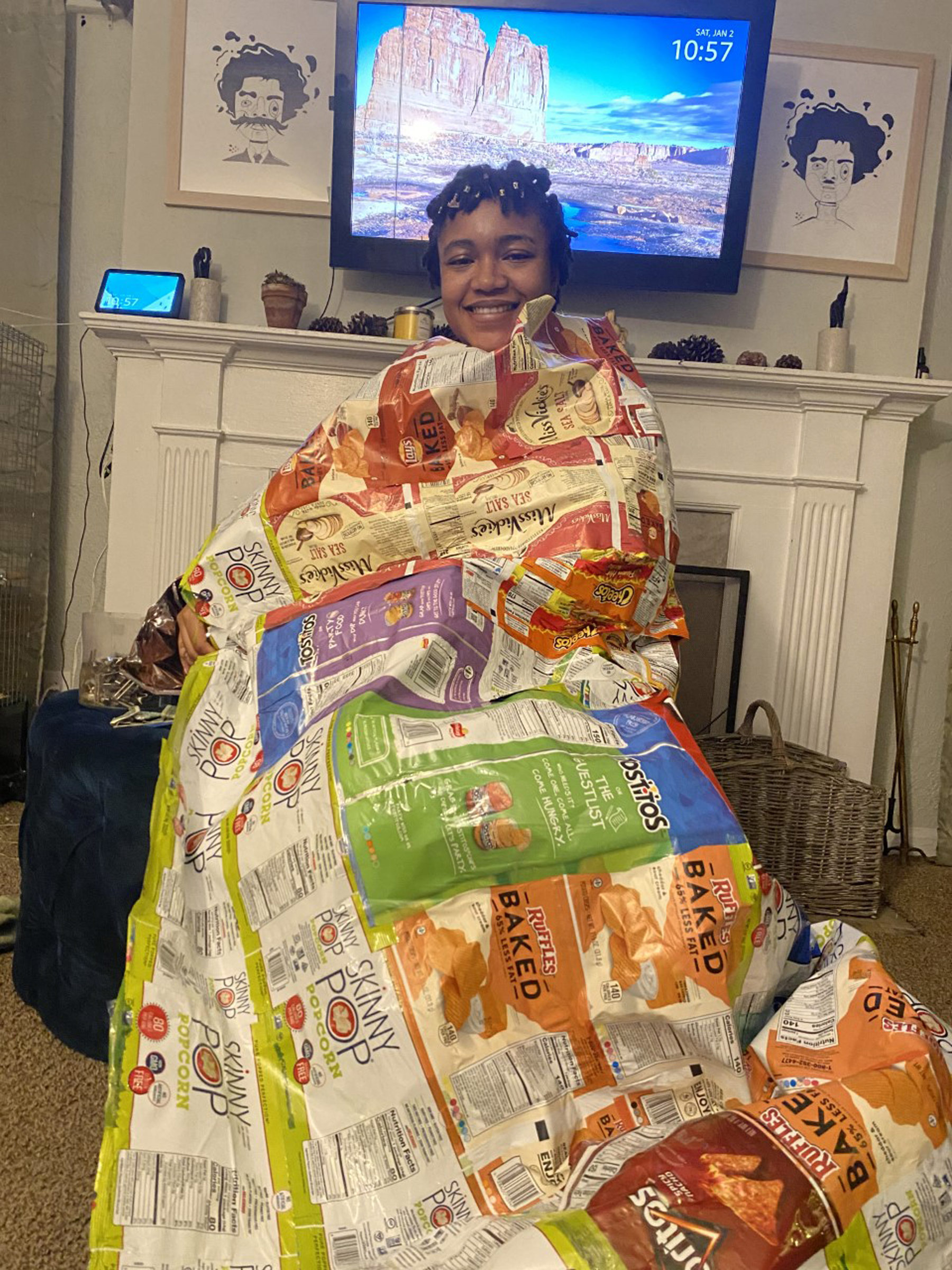 Detroit activist turns old potato chip bags into sleeping bags for the homeless