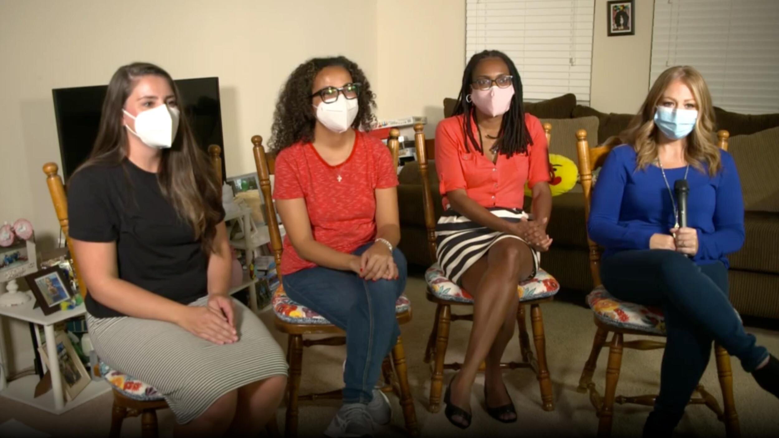 Covid-19 cases at this Texas school are spiking, yet officials buck local mask mandate