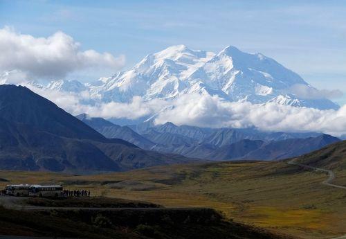 Image for Falling ice kills climber in Alaska's Denali National Park