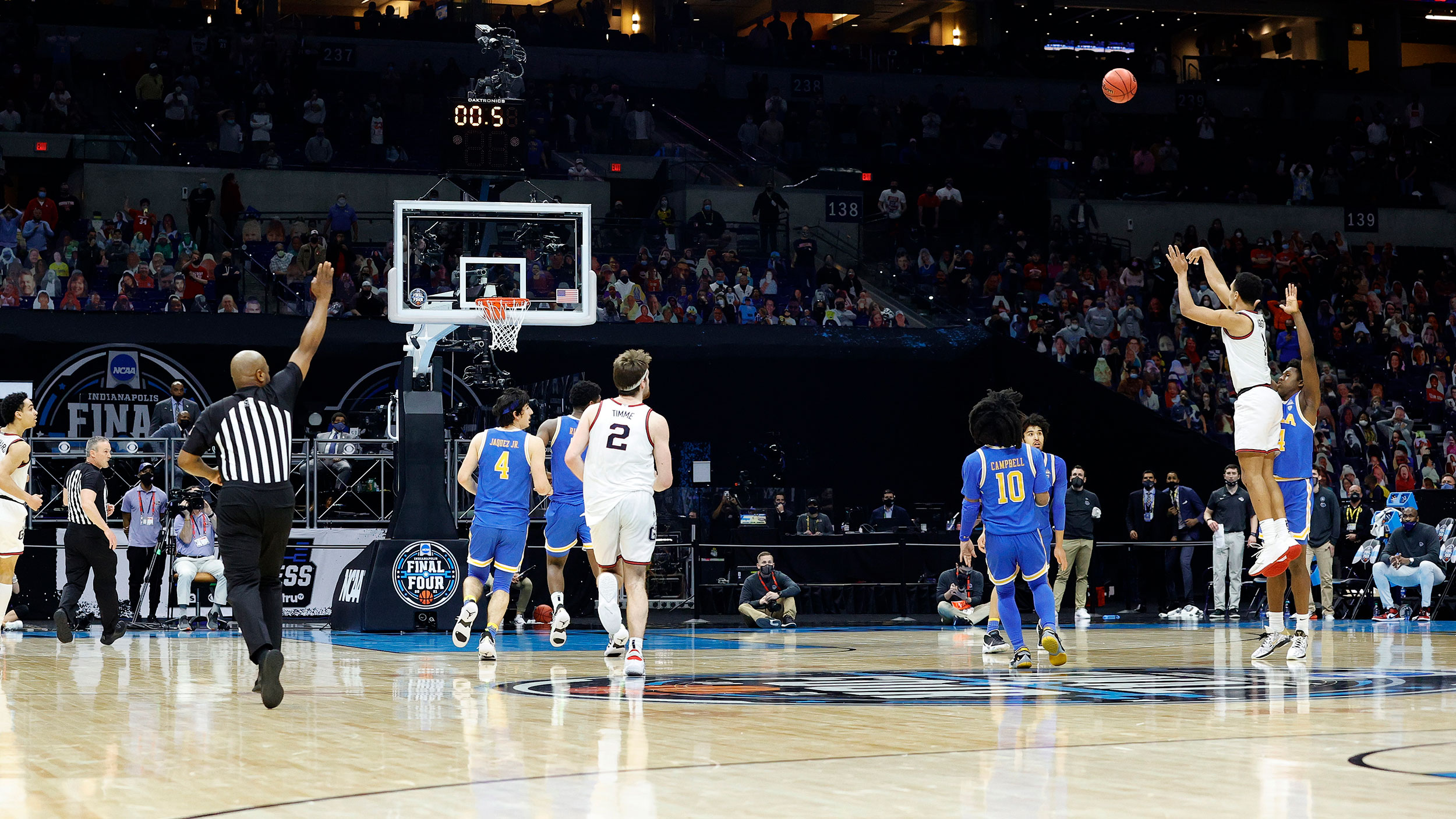 Gonzaga defeats UCLA with buzzer beater and will face Baylor in NCAA men's basketball title game
