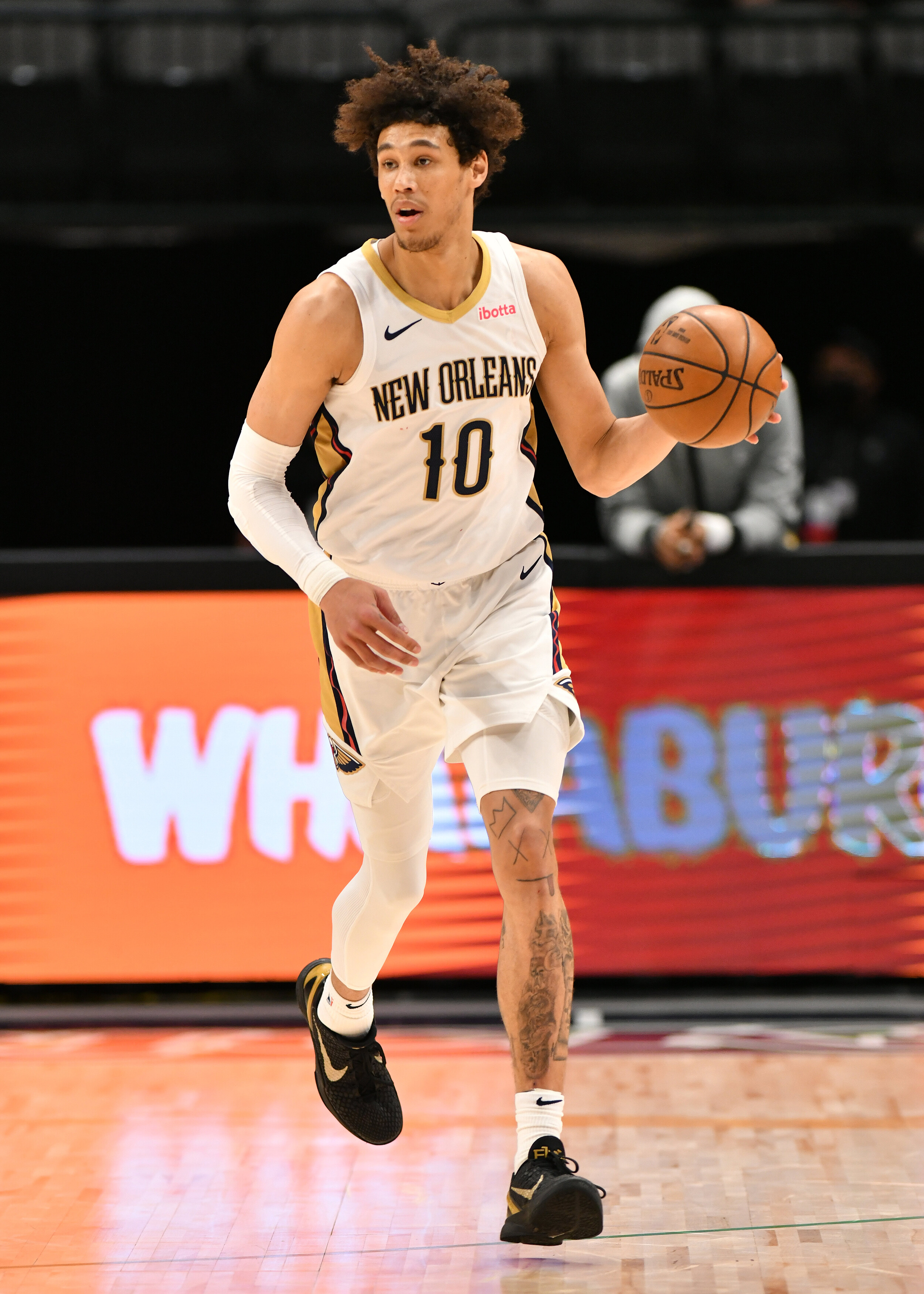 Los Angeles police investigating possible excessive use of force in arrest of NBA center Jaxson Hayes