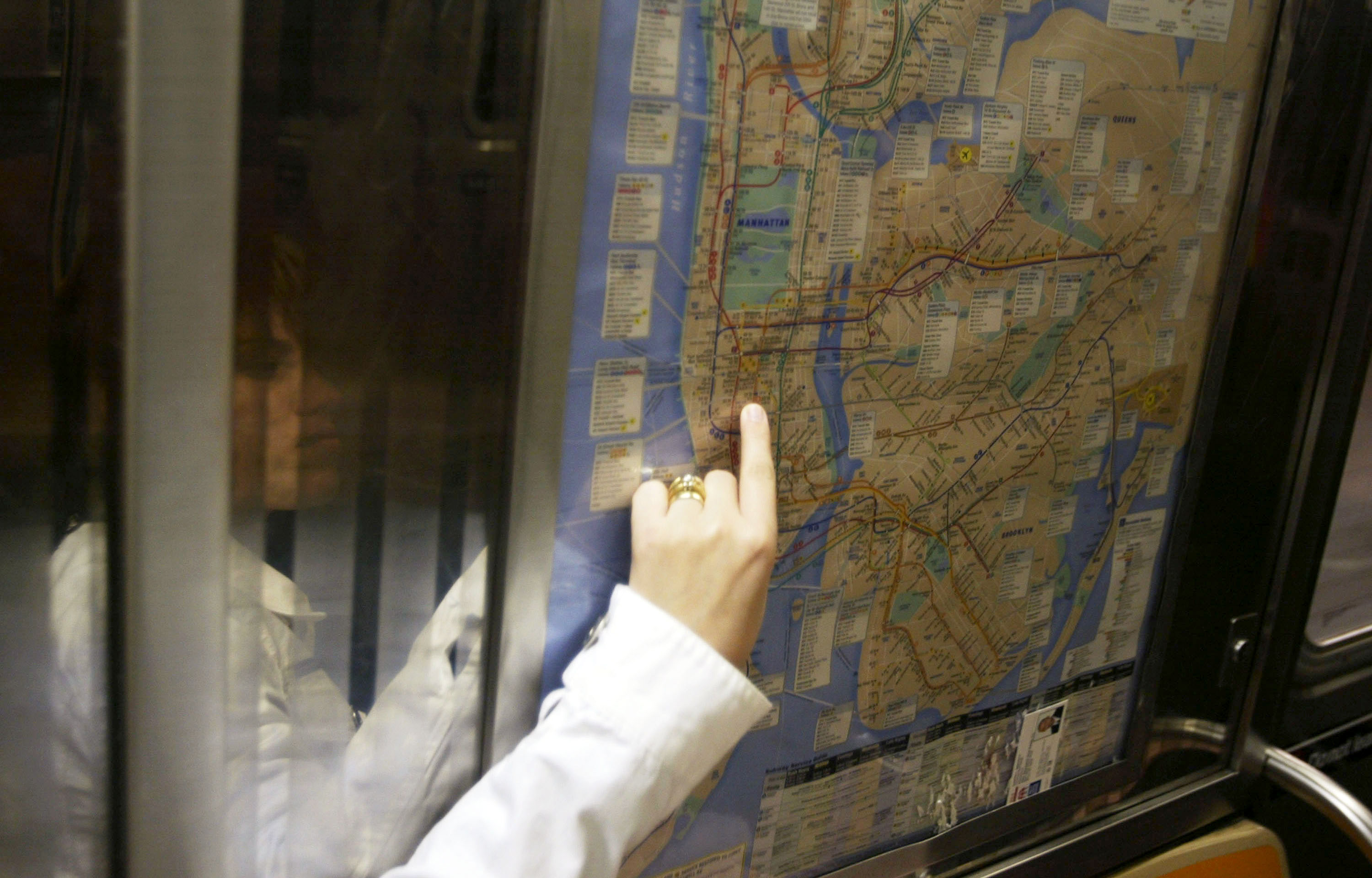 Michael Hertz, who helped design New York City's subway map, dies at 87