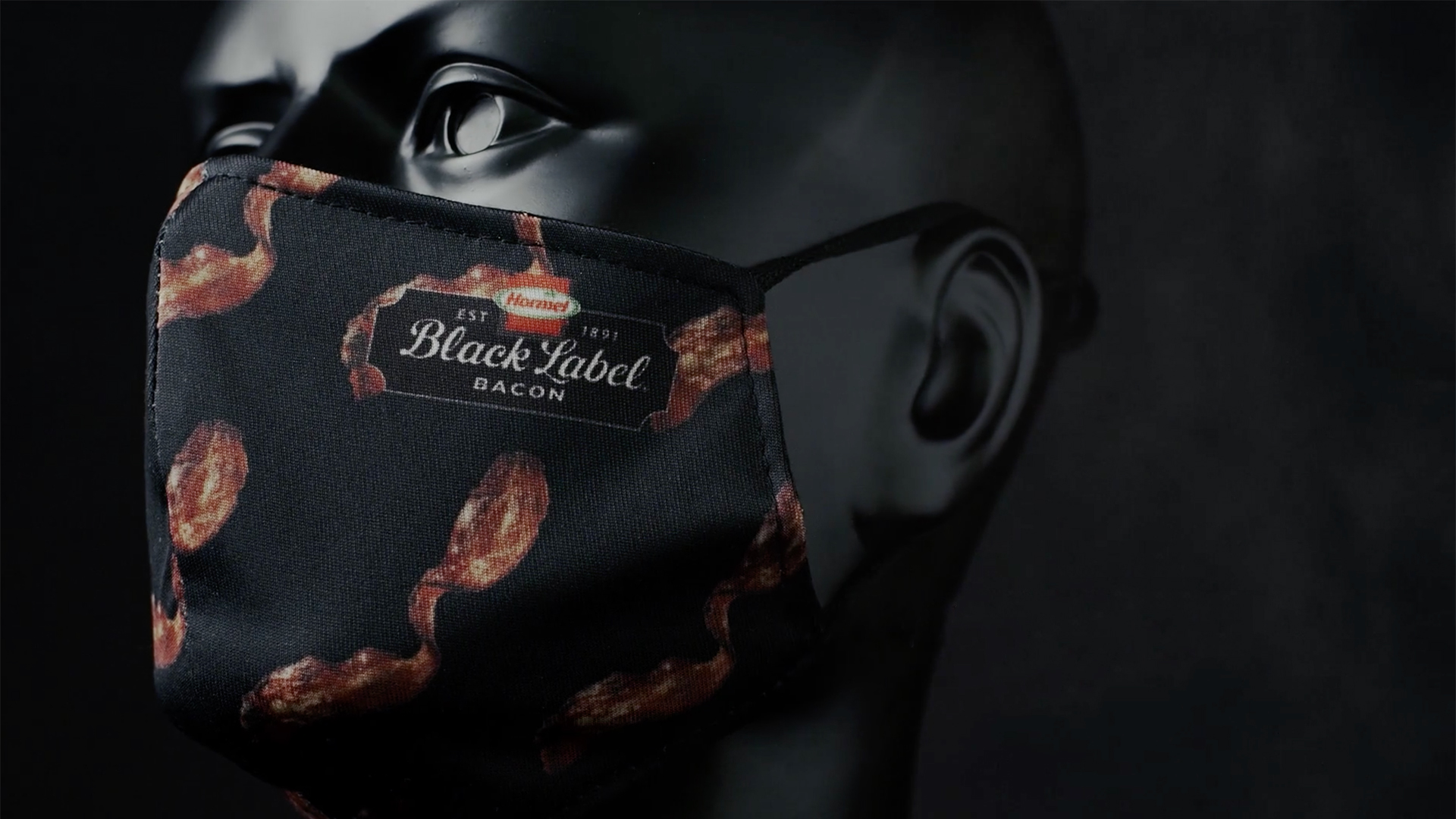 Hormel is giving away bacon-scented face masks so you can smell bacon everywhere you go
