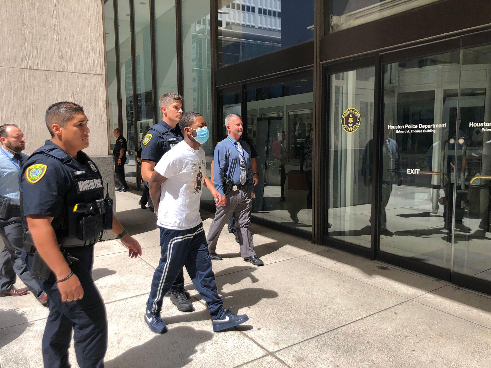 Man arrested in Houston road rage killing