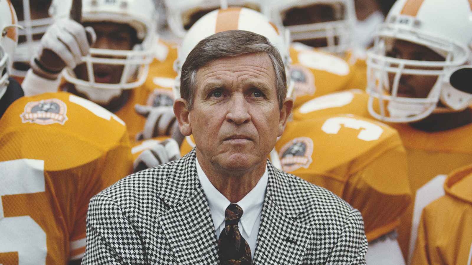 Johnny Majors, famed college football coach, dies at 85
