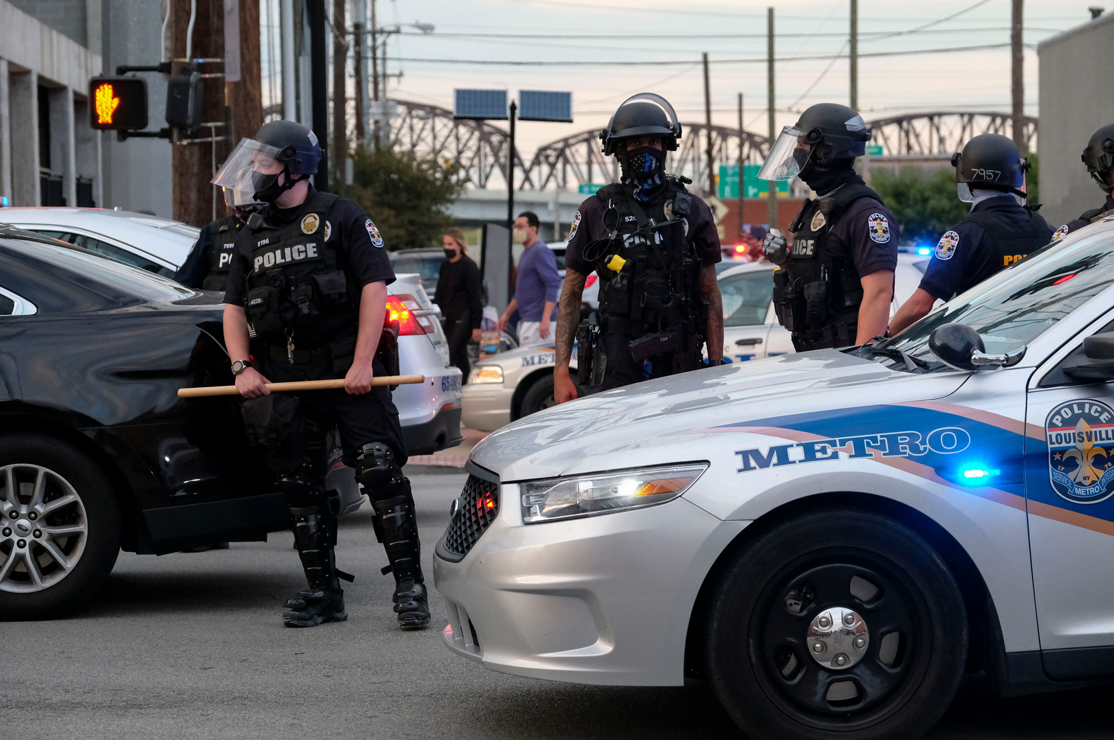 A proposed Kentucky bill would make it a crime to insult or taunt a police officer
