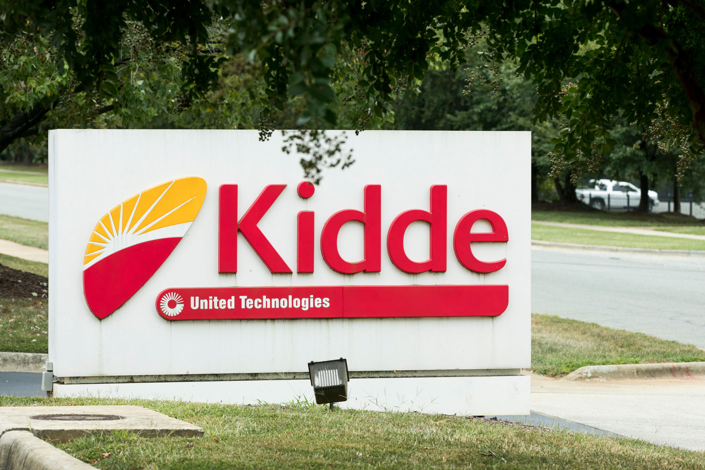 Kidde recalls more than 200,000 smoke alarms over failure to warn of fire