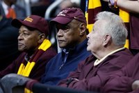 Les Hunter, member of Loyola's NCAA title team who played in historic 'Game of Change,' dies at 77