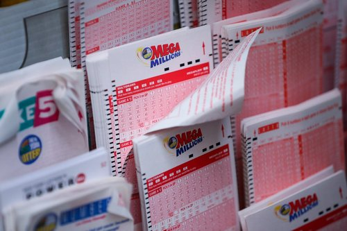Image for The anonymous winner of the largest lottery jackpot is donating part of it to Alabama tornado victims