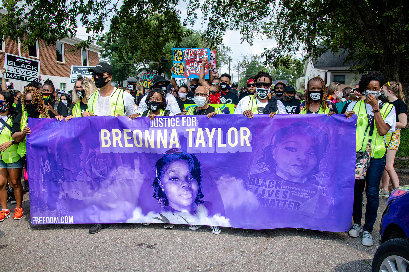 Six Louisville police officers under internal investigation for actions on night Breonna Taylor was killed