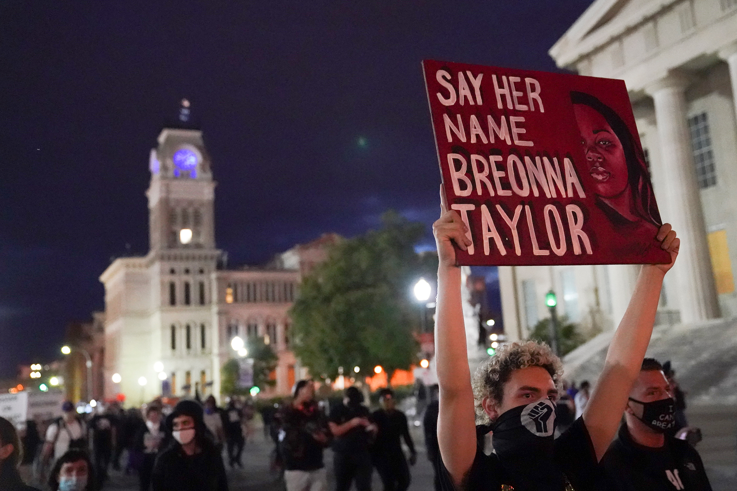 Louisville police arrest at least 25 people during fourth night of protests over Breonna Taylor case