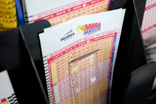 Image for The Mega Millions jackpot is $1 billion -- but your odds of winning it all are 1 in 302.5 million