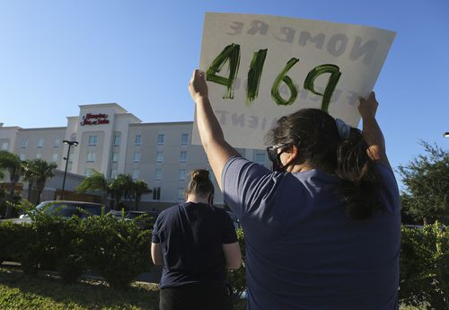 Image for The US detained hundreds of migrant children in hotels as the pandemic flared