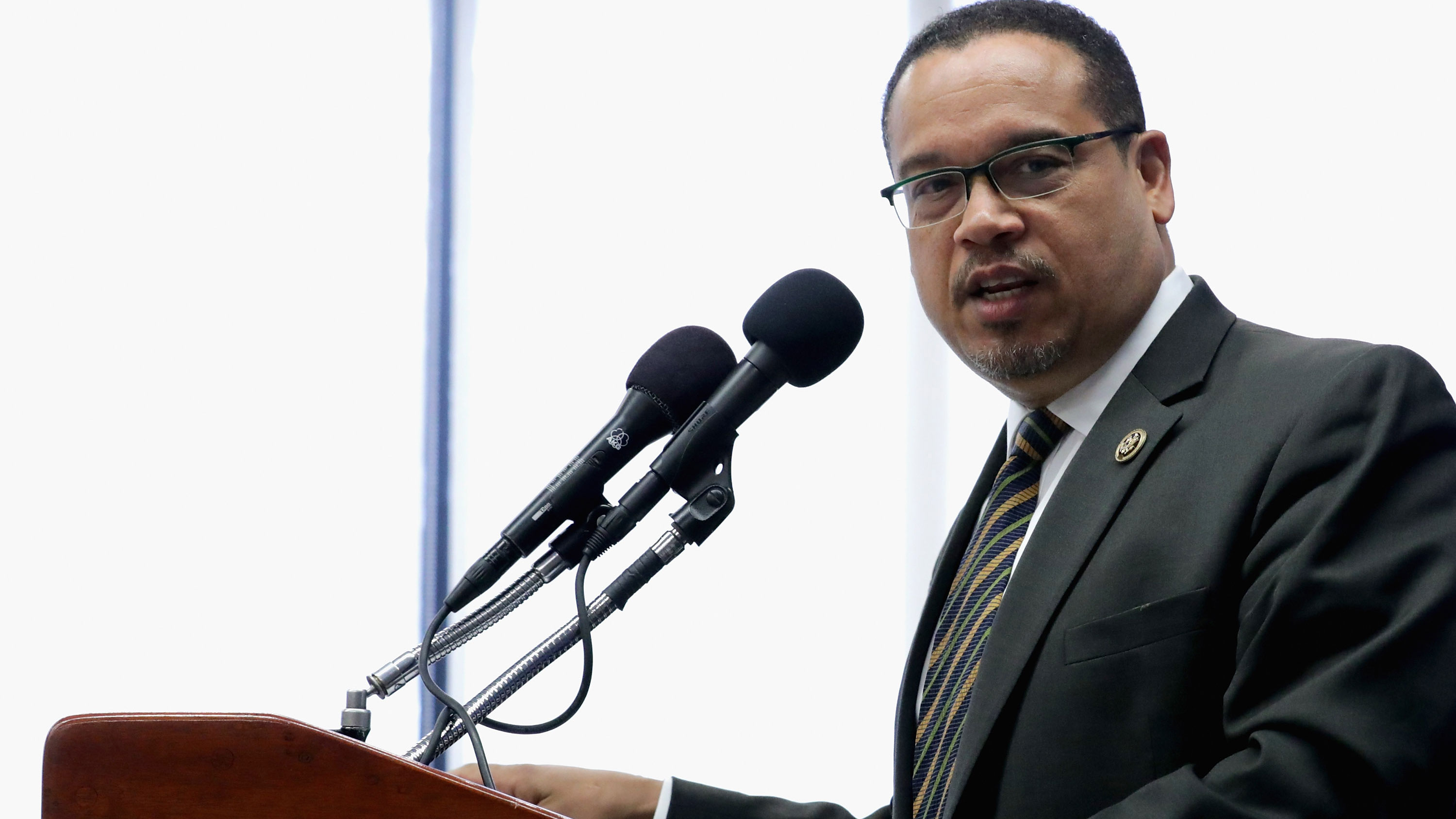 Minnesota Attorney General Ellison cautions against rush to charge officers as he takes over Floyd case