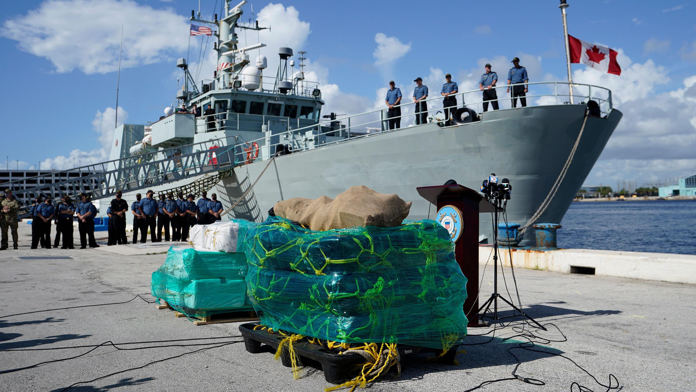 Coast Guard offloads a record $1.4 billion in drugs