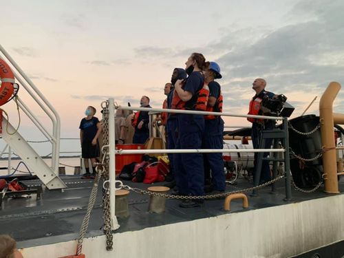 Image for 4 children and 2 adults were rescued from a sinking boat off the Georgia coast