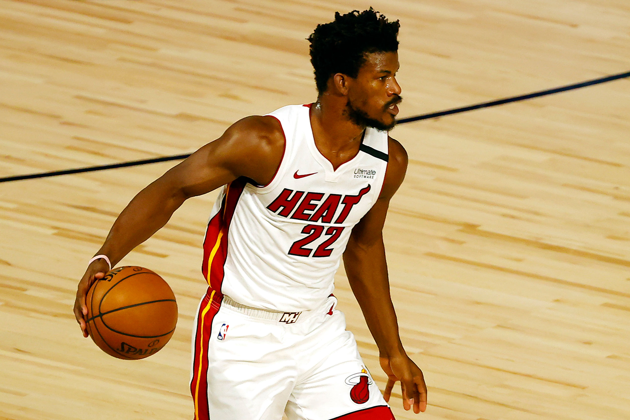 Jimmy Butler forced to change nameless jersey prior to tip-off against Denver Nuggets