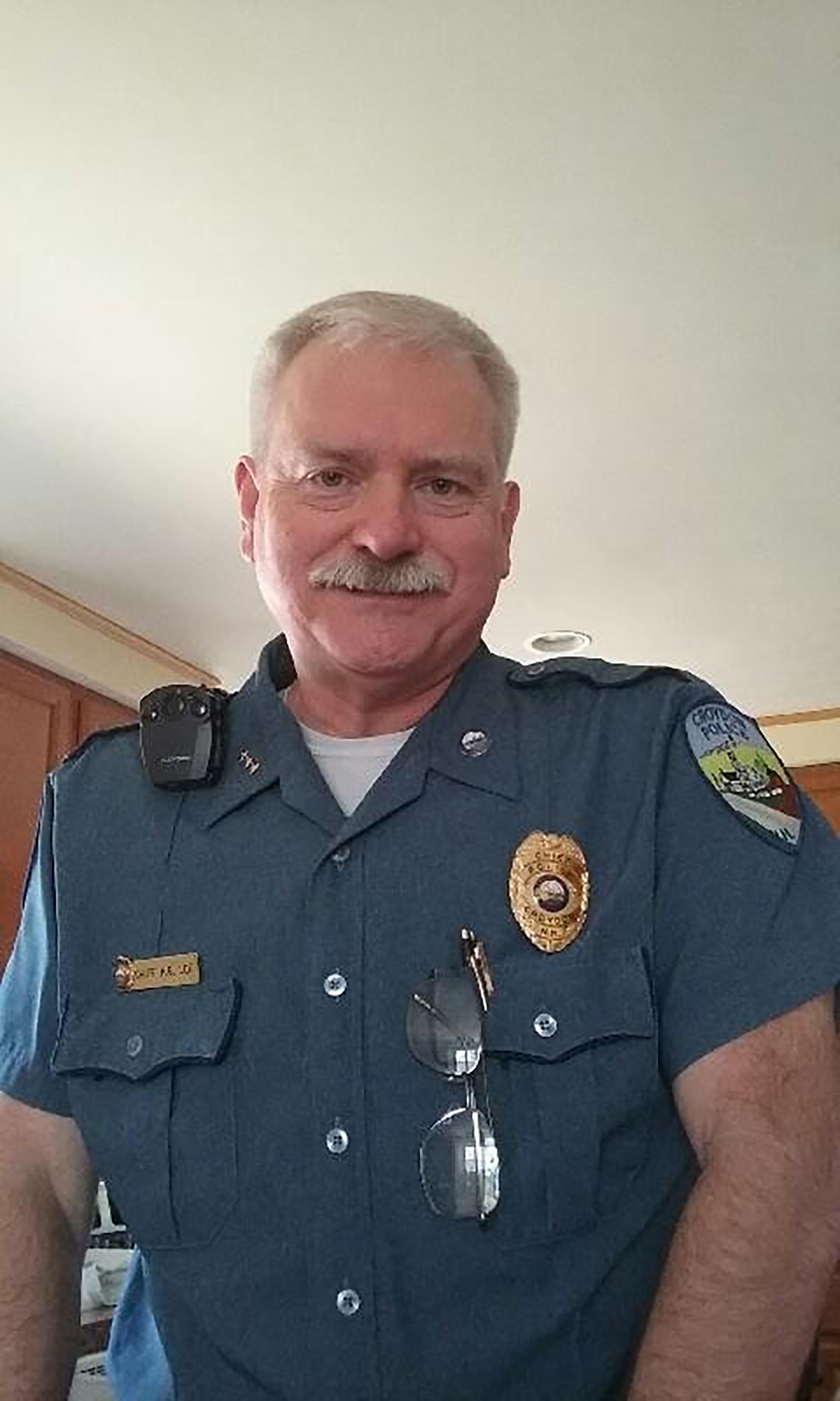 A one-man police department was disbanded. The chief left the town meeting in his underwear