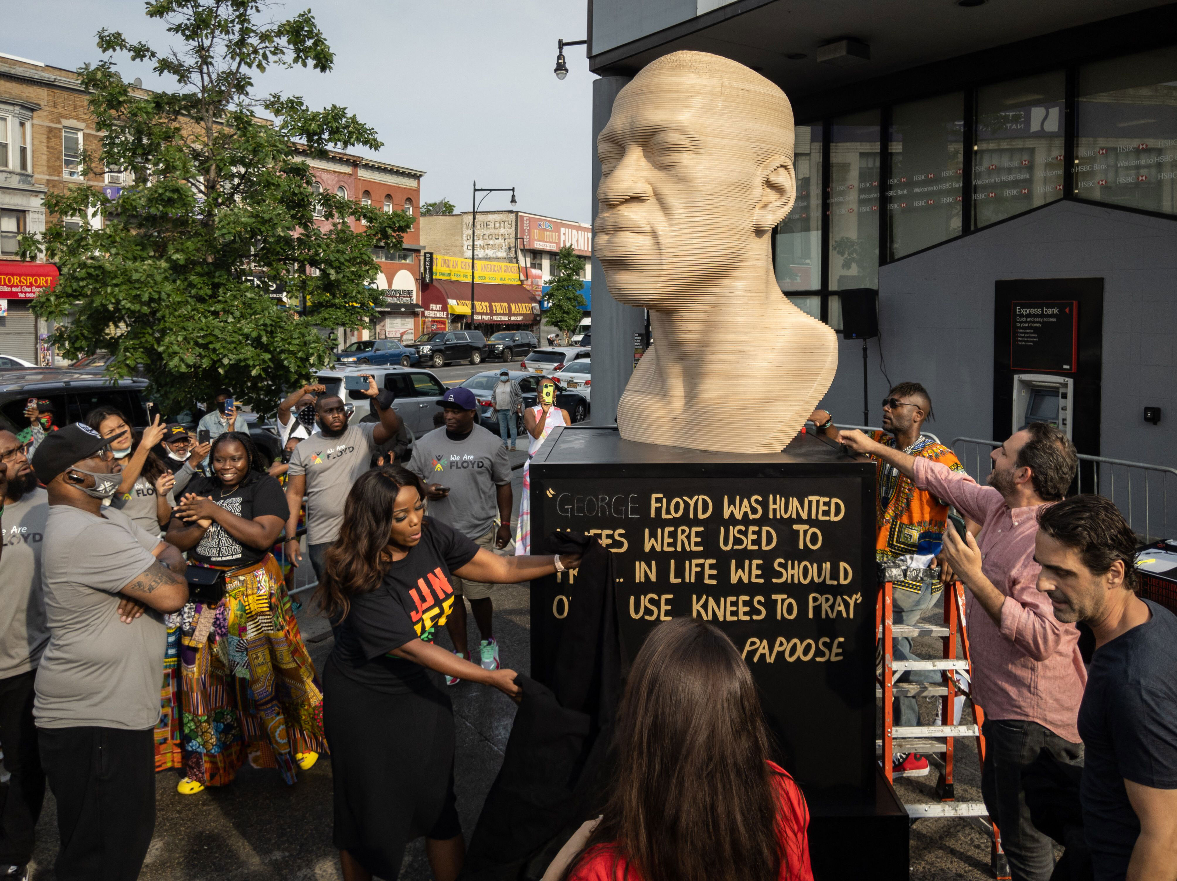 George Floyd statue in Brooklyn to move to Manhattan after refurbishment
