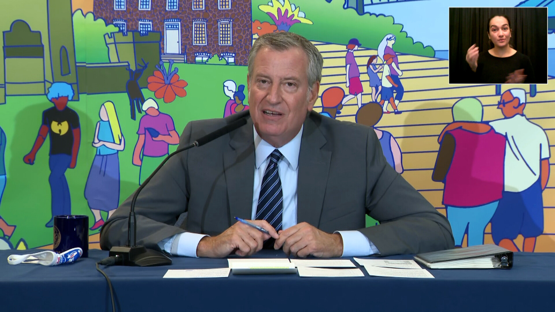 NYC vaccine mandate takes effect with 96% of teachers receiving at least one dose, mayor says