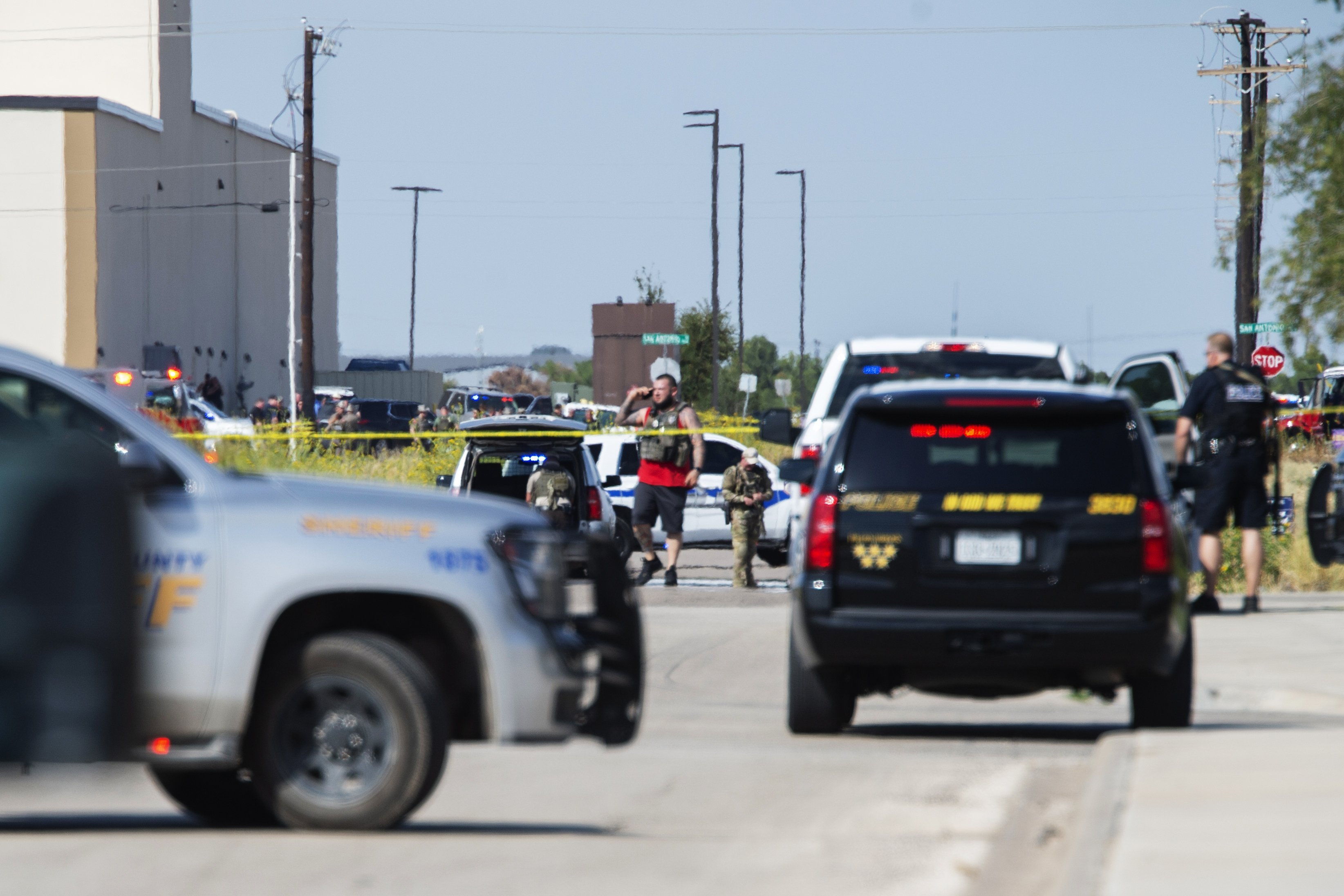 Gunman kills 7 in a rampage that started with a West Texas