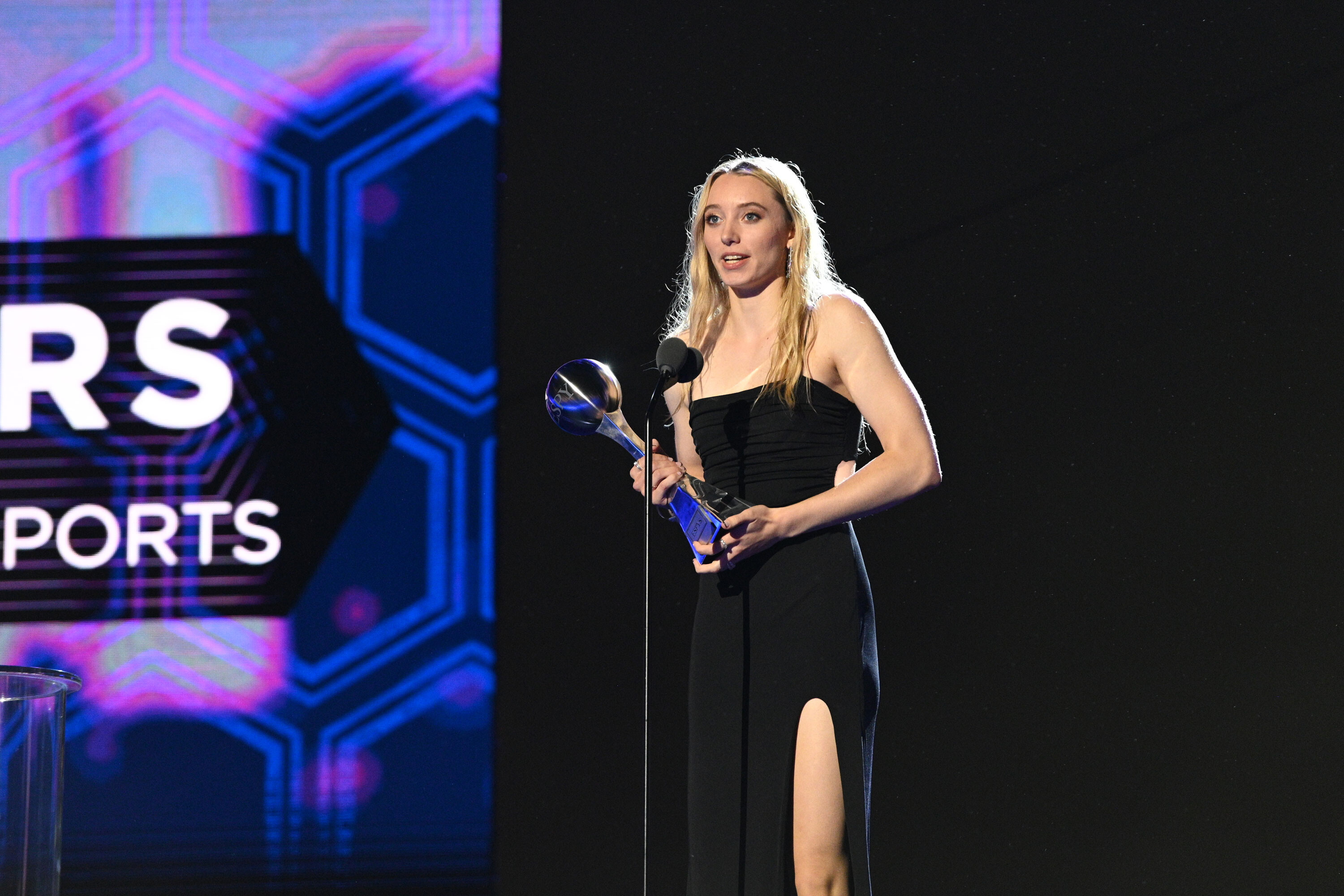 Star UConn guard Paige Bueckers uses ESPYS speech to honor Black women