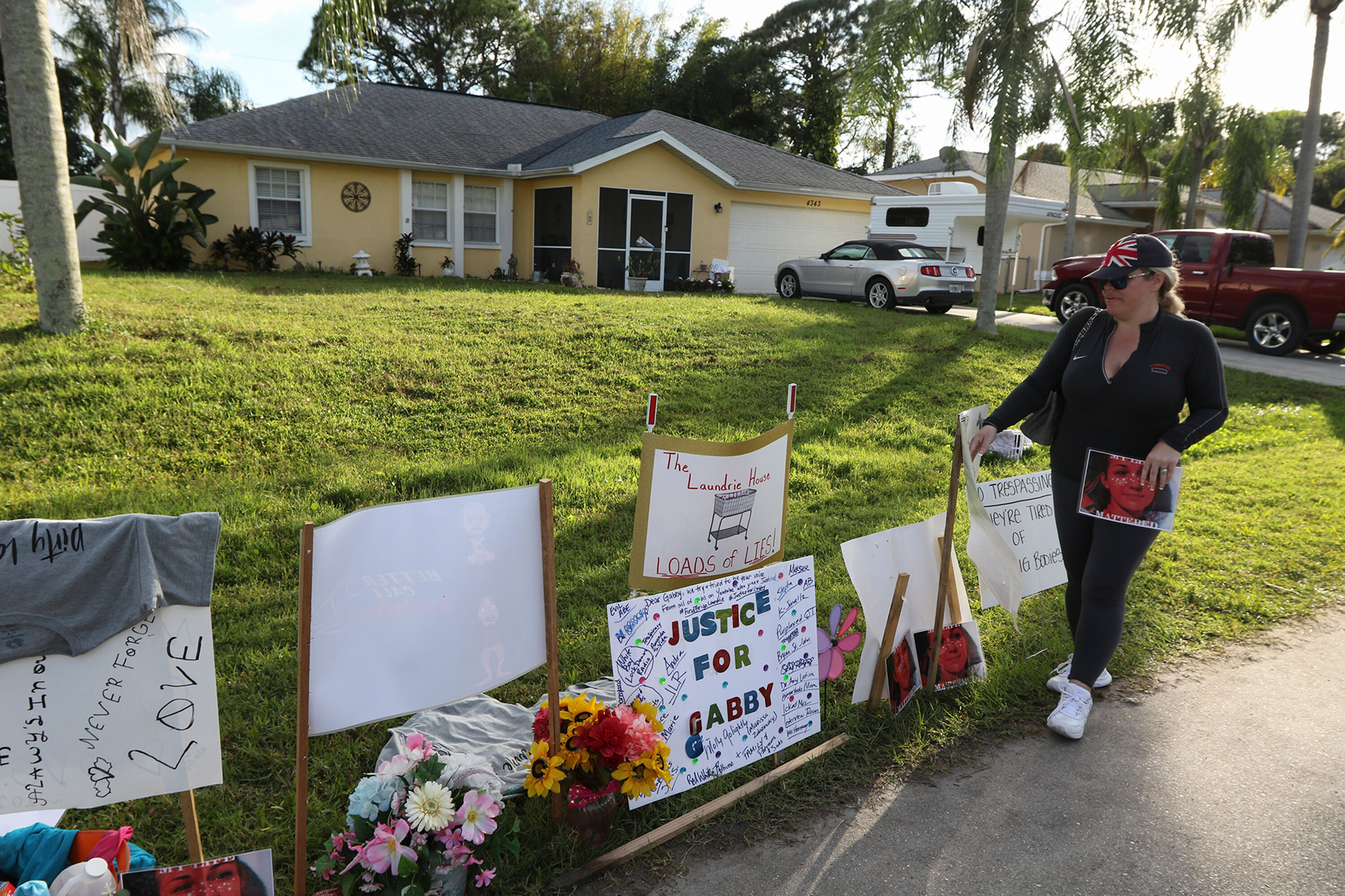 North Port officials remove Gabby Petito memorial from front lawn of Laundrie family property