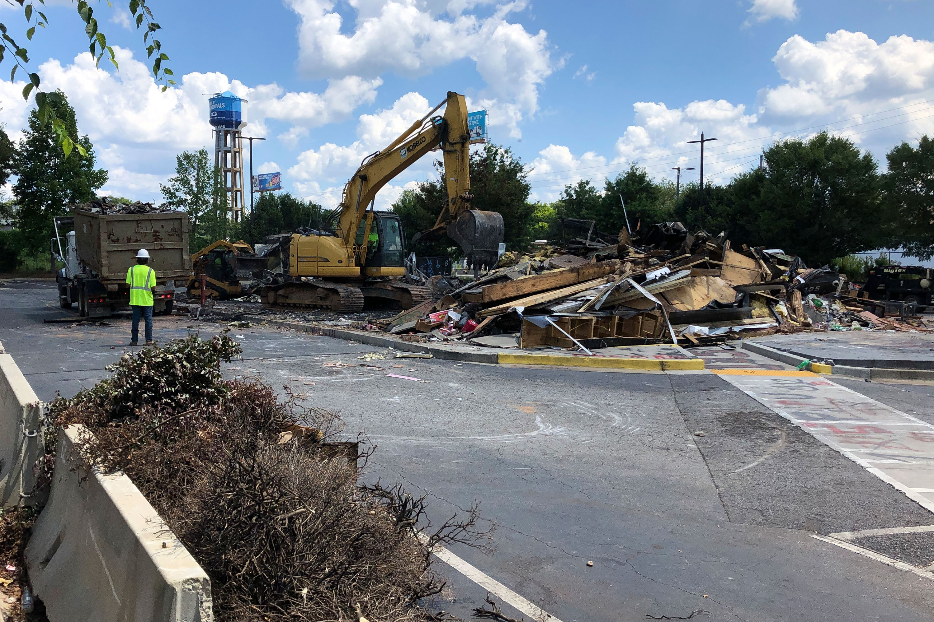 Atlanta Wendy's where Rayshard Brooks was killed has been demolished