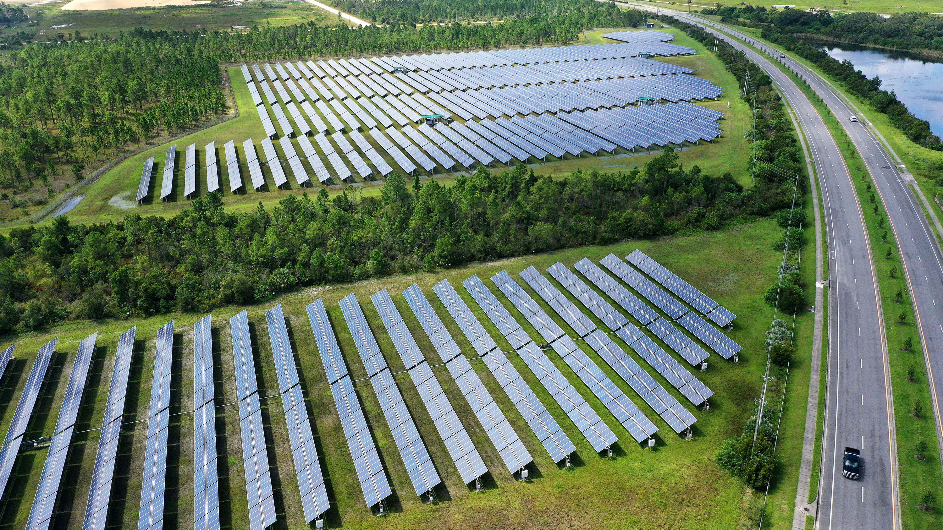 5 alternative energy sources to speed our transition away from fossil fuels