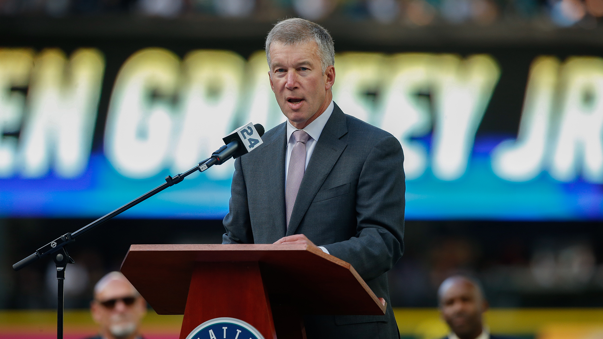 Seattle Mariners president steps down after comments surface in which he disparaged baseball players
