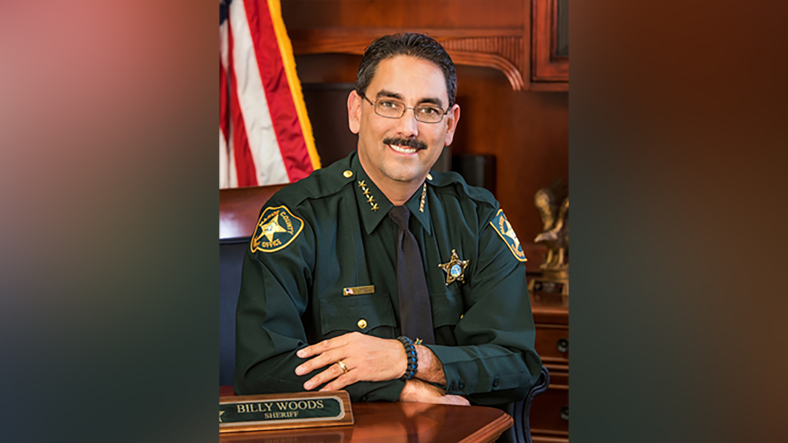 Florida sheriff bans his deputies and office visitors from wearing masks on a day his county broke records for Covid-19 deaths