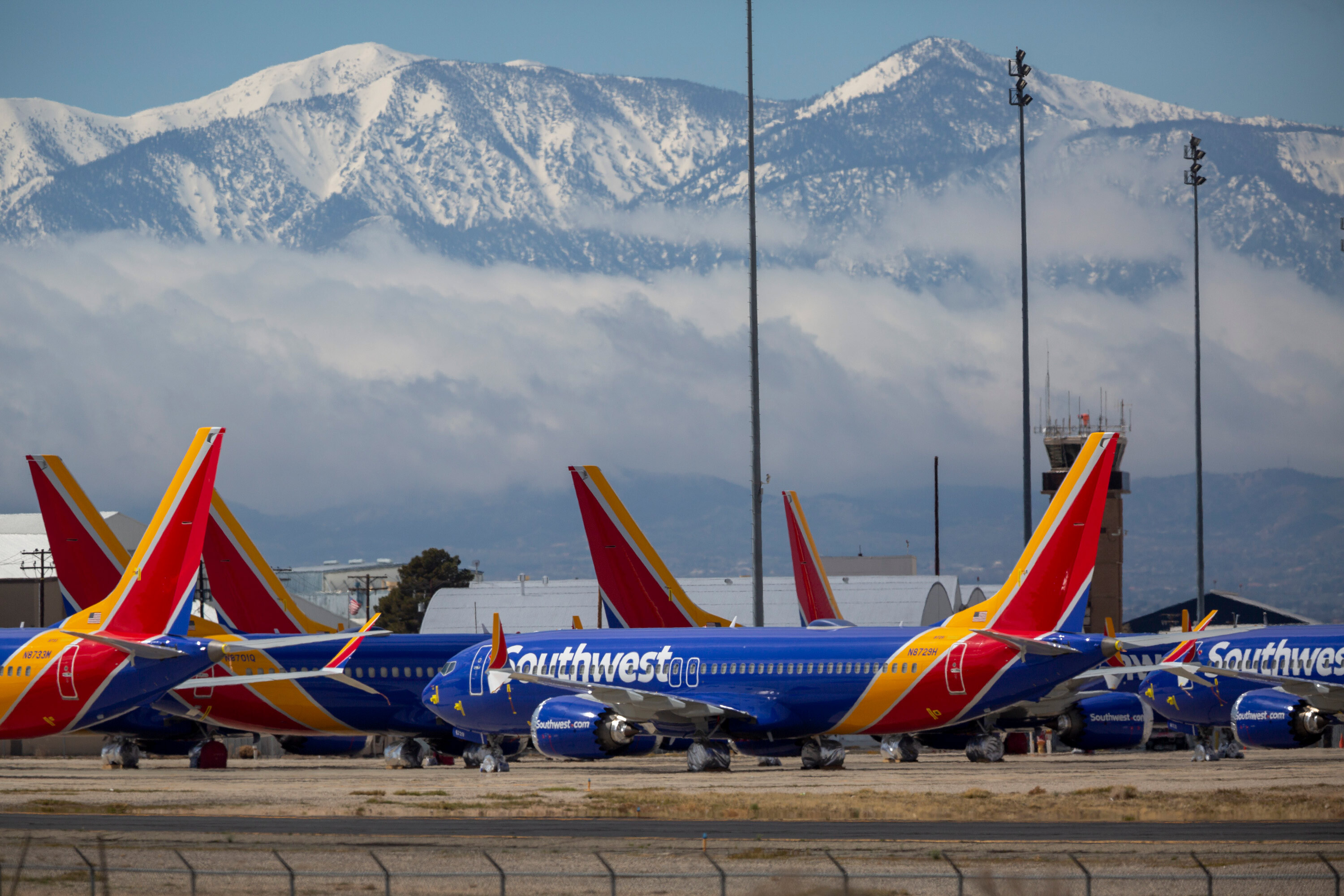 Passenger accused of punching Southwest flight attendant faces federal charges