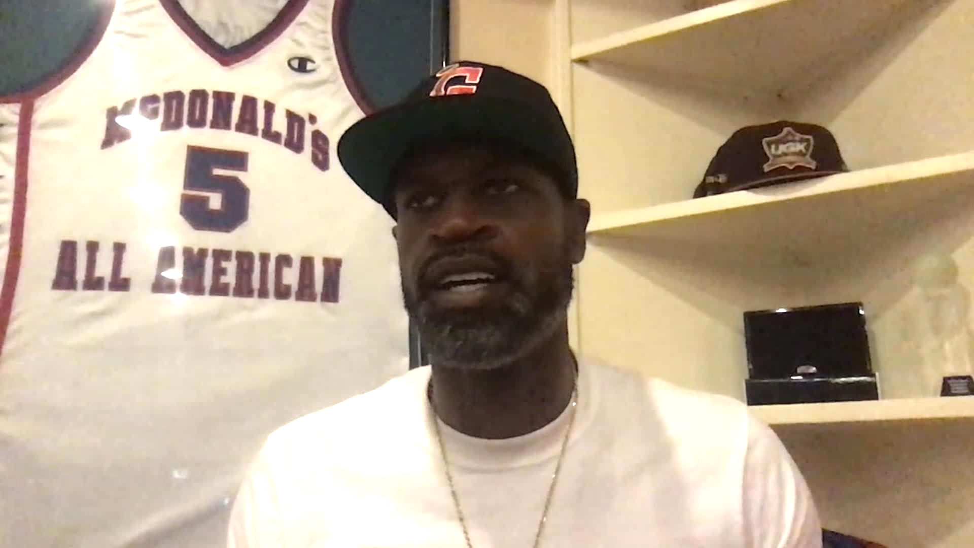 Ex-NBA star Stephen Jackson says remarks about DeSean Jackson were twisted, but apologizes