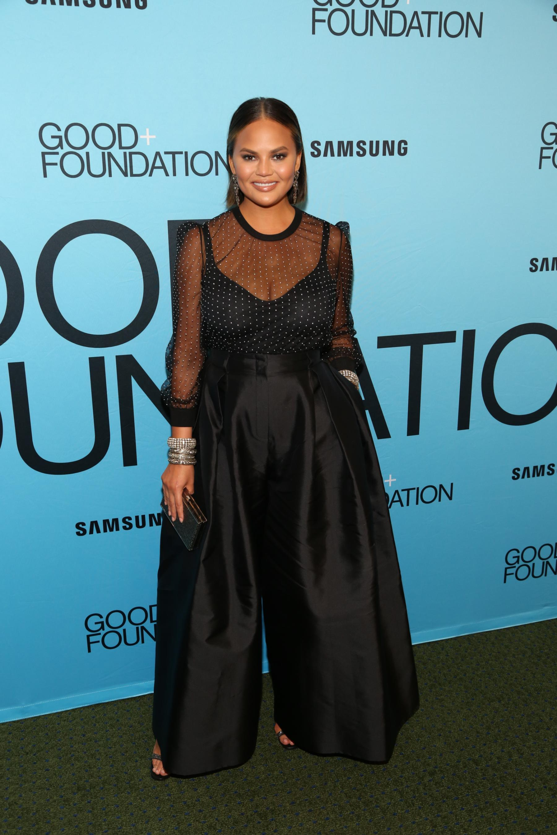 Chrissy Teigen pledges to donate $200,000 to bail out protesters across the country