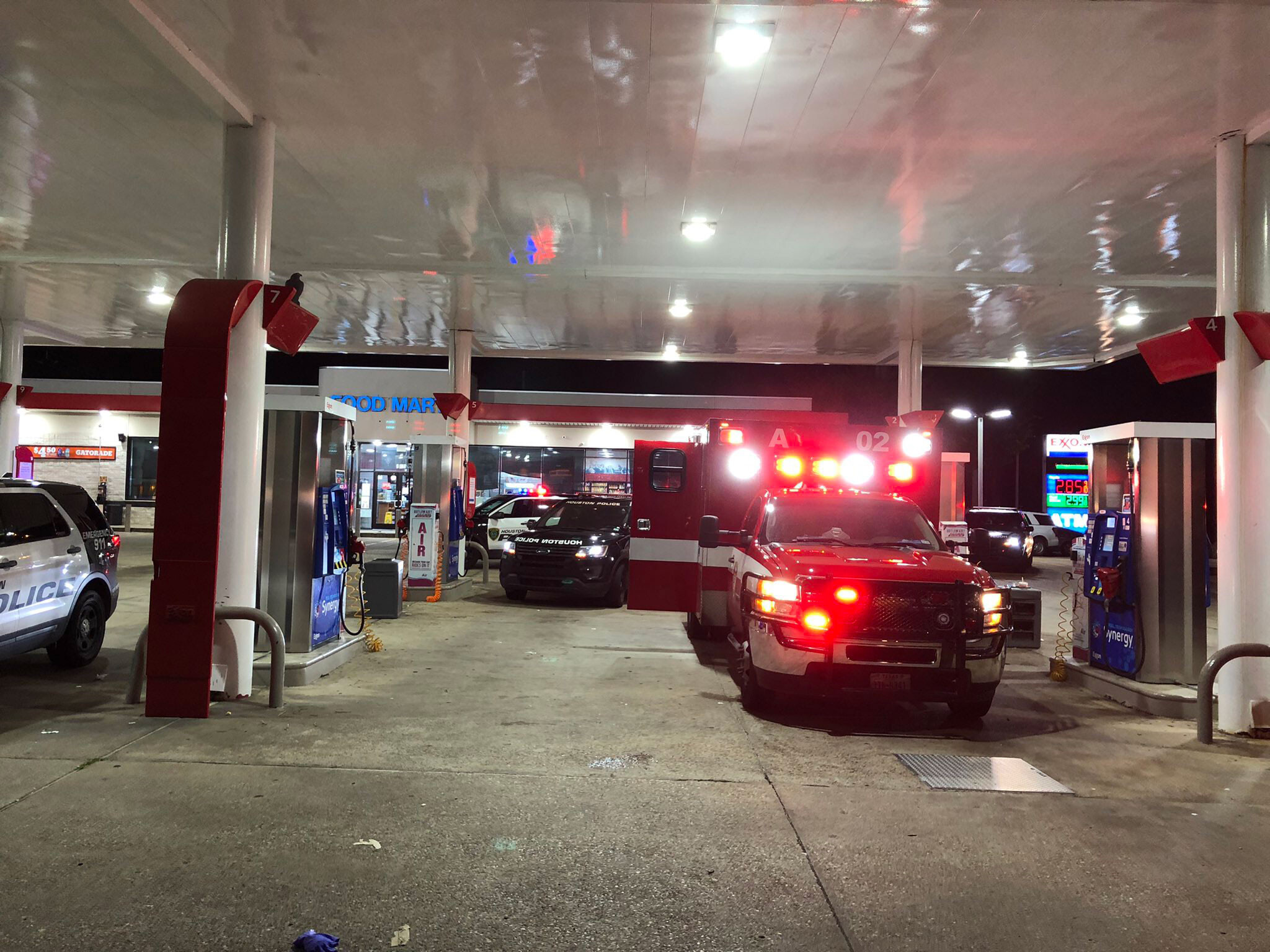 Man arrested after taking Houston ambulance at gunpoint with paramedic and patient inside, police say